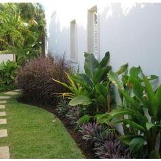 Tropical Fences Landscape Design Ideas, Pictures, Remodel and Decor
