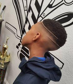 Haircut by hawkthebarberprodigy http://ift.tt/1YkDRYy #menshair #menshairstyles #menshaircuts #hairstylesformen #coolhaircuts #coolhairstyles #haircuts #hairstyles #barbers