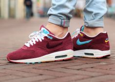 Nike Air Max 1 'Parra x Patta' – Sweetsoles – Sneakers, kicks and trainers. On feet.