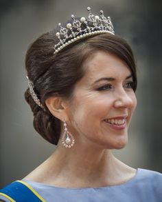 Crown Princess Mary donned her wedding tiara at Prince Carl Philip and Princess Sofia's wedding.
