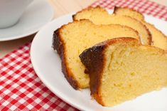 Homemade Sponge Cake and Cup on Table Healthy Cake, Sponge Cake, Cakes And More, Healthy Cooking, Cornbread, Baked Goods, Food And Drink, Sweets, Homemade