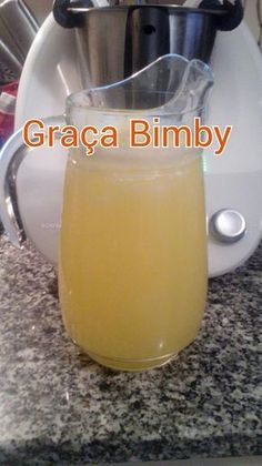 Limonada de maracujá Verão rima com limão… E versões de limonada há muitas, basta dar asas a imaginação. Ingredientes: ...