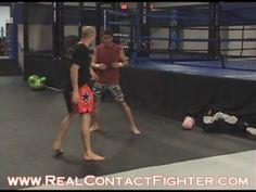 Advanced Footwork for Boxing Muay Thai MMA w/ Khun Khru Ryan Gruhn Workout Routines, Workout Motivation, Ufc Workout, Muay Thai Kicks, Martial Arts Workout, Kick Boxing, Sport 2, Fight Club, Jiu Jitsu