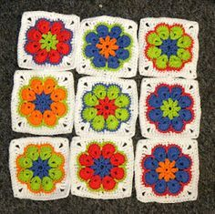 Turn the African Flower Hexagon into a granny square by Blij dat ik brei (Glad I knit) - instructions are in Dutch but can be more or less understood in English with Google translate