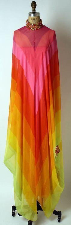 Evening dress Design House: House of Dior (French, founded Designer: Marc Bohan (French, born Date: spring/summer 1967 Culture: French Medium: silk, plastic, glass 1960s Fashion, Fashion Moda, Cute Fashion, Vintage Fashion, Womens Fashion, Vintage Dior, Dress Fashion, Vintage Outfits, Vintage Dresses