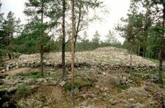 The Bronze Age cairn cemetery of Sammallahdenmäki in Lappi was the first Finnish archaeological site to be included in the UNESCO World Heri...