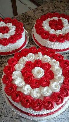60 ideas for cupcakes decoration valentine food Cake Decorating Designs, Creative Cake Decorating, Cake Decorating Techniques, Creative Cakes, Valentine Cake, Valentines Food, Cake Icing, Cupcake Cakes, Chocolate Cake Designs