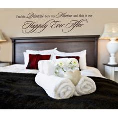 Hosting guests is a fun and memorable experience. To really amp up their stay, make sure you have these 17 spare bedroom essentials. Apartment Checklist, Good House, Spare Room, Home Staging, Feng Shui, Guest Room, Guest Bedrooms, Bed Pillows, New Homes