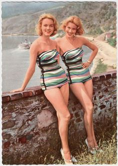 Double the vintage summertime fun. #vintage #beach #summer #pinup #1950s #1960s