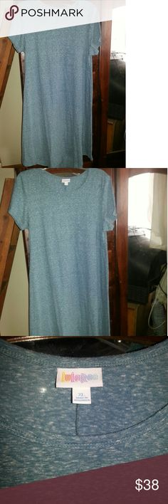 Lularoe Carly Dress EUC! Heather bluish green, little or no pilling ( see last pic) washed according to LLR instructions;  EUC!! GREAT for spring and summer!  Like new condition, no stains,  little or no pilling. LuLaRoe Dresses High Low