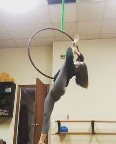 """228 Likes, 6 Comments - Gracie White (@gracie_gw) on Instagram: """"Part 1 of Lyra flow from last night's class at Polefly! I've been playing a lot with transitions…"""""""