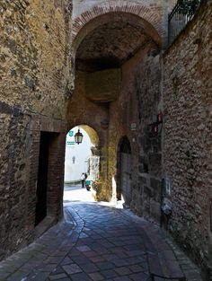 Alley in Sangemini, Italy