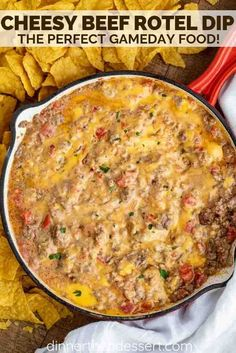Cheesy Beef Rotel Dip is spicy, creamy, and the EASIEST dip you can make with on. Cheesy Beef Rotel Dip is spicy, creamy, and the EASIEST dip you can make with only 5 ingredients in under 15 minutes! Hamburger Dip, Beef Dip, Velveeta Recipes, Velveeta Dip, Recipes With Rotel, Cheese Dip Recipes, Quick Recipes, Delicious Recipes, Chili Cheese Dips