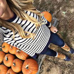 pumpkin patch outfit. #fall Pinterest:@JORDANLANAI
