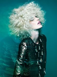 NAHA Finalist Master Hairstylist of the Year Allen Ruiz on Behance - metallic look Natural Afro Hairstyles, Cute Hairstyles, Braided Hairstyles, Blonde Hairstyles, Naha, Hair Photography, Fashion Photography, Marie Claire, Jack Huston