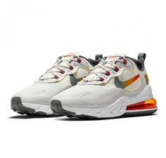 """Crèmeweißer Nike Air Max 270 React SE """"Summit White/Team Orange"""" in textilem Upper und extra großer Air-Unit. Der Nike Air Max 270 React ... Nike Air Max, Air Max 95, Metallic Gold Color, Sneaker Bar, Unisex, Nike Shoes Outlet, Gold Style, Orange, Air Jordans"""
