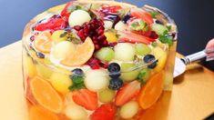 Jelly Desserts, No Bake Desserts, Gelatin Recipes, Cake Recipes, Castella Cake Recipe, Whipped Cream Desserts, 3d Jelly Cake, Fruit Cake Design, Fresh Fruit Cake