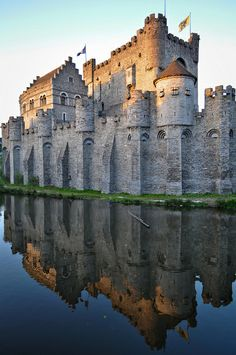 Gravensteen - Ghent, Belgium | Flickr - Louk Snoeren Photo Sharing!