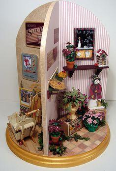 Creative lazy susan doll house..
