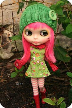 cute ♥ pink hair Blythe doll.