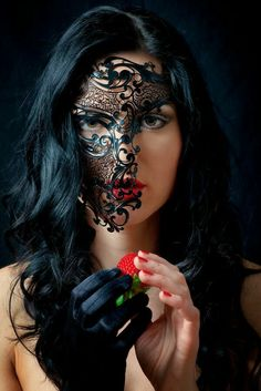 Risultati immagini per lace masquerade mask makeup Dark Beauty, Beauty Art, Gothic Beauty, Mascara Papel Mache, Accessoires Photo, Female Mask, Half Mask, Mask Girl, Carnival Masks