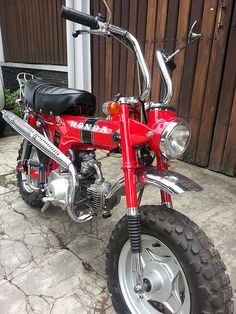 Have a look at many of my favourite builds - unique scrambler bikes like Honda Cycles, Honda Bikes, Triumph Motorcycles, Vintage Bikes, Vintage Motorcycles, Custom Motorcycles, Vintage Vespa, Mini Motorbike, Scrambler Motorcycle