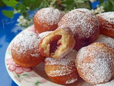 Strawberry Muffins, Dessert Recipes, Desserts, Pretzel Bites, Doughnut, Teacher Gifts, Chocolate Cake, Donuts, Food And Drink