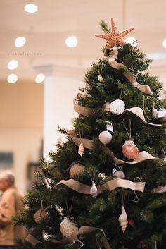 Beach theme Christmas tree #Christmas #Christmas Trees #Christmas Crafts #White Christmas #Christmas Deco