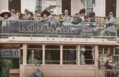 """Stadtrundfahrt der """"Wallroth's Auto-Fahrt G. m. b. H."""" im Doppeldecker-Omnibus der ABOAG in Berlin, Unter den Linden. Fotopostkarte, um 1905"""