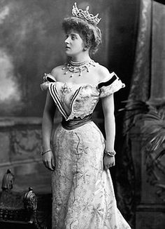 Downton Abbey - Lady Almina, the real Lady of Castle {Downton Abbey}