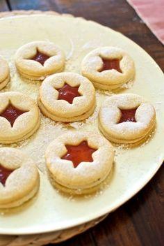 galletas de mermelada4 Jam Cookies, Sweet Cookies, Linzer Cookies, Bakery Recipes, Cookie Recipes, Dessert Recipes, German Baking, Thermomix Desserts, International Recipes