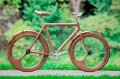 wow. Wooden single speed by Jan Gunneweg.