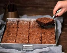 Recetas de postres, todas las recetas de repostería - Nestlé Postres Choco Chocolate, Chocolate Brownies, Chocolate Cookies, Chocolate Desserts, Brownie Recipes, Cake Recipes, Dessert Recipes, Just Desserts, Delicious Desserts