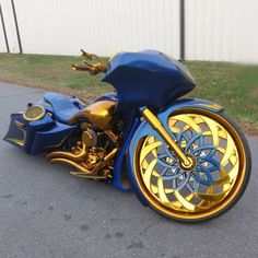 Although the average auto insurance policy does not include motorcycle insurance coverage, it is moderately simple to verify a custom fitted arrangement Lowrider, Futuristic Motorcycle, Futuristic Cars, Harley Bikes, Harley Davidson Bikes, Custom Street Bikes, Custom Bikes, Cool Sports Cars, Cool Cars