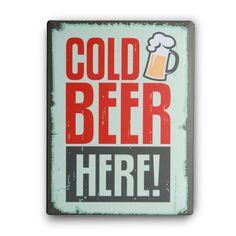¿Te gusta la cerveza? ¿Y tienes ya el cartel de chapa Cold Beer Here 30 x 40 cm? ¡Pues ahora ya puedes conseguirlo para darle un toque lúdico a la decoración de tu casa! Este cartel de estilo vintage tiene un diseño original y divertido, y es perfecto para ambientar bares, restaurantes, pubs, fiestas, celebraciones y lugares de ocio. http://popap.es/tienda/cold-beer/