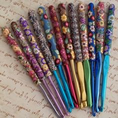 Flowery crochet hooks Really want one of these... Or maybe all of them