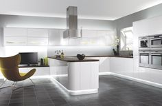 Beautiful kitchen designs have neat, clean and well organized appearance in creating kitchen space free from clutters. Kitchen design has to be well Benchmarx Kitchen, Order Kitchen, Modern Kitchen Cabinets, Kitchen Units, Kitchen Flooring, Kitchen Furniture, Kitchen Interior, Kitchen Island, Kitchen Ranges