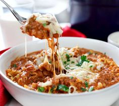 Seriously the best! Once you try this Lasagna Soup you will be hooked… it's ea… Seriously the best! Once you try this Lasagna Soup you will be hooked… it's easy and so satisfying! Crockpot Recipes, Soup Recipes, Dinner Recipes, Lasagna Recipes, Real Food Recipes, Cooking Recipes, Healthy Recipes, Yummy Recipes, Recipes