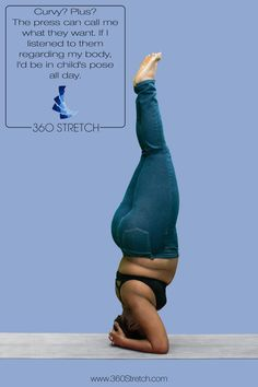 Curvy yoga instructor Jessamyn doing a perfect yoga head stand in plus size 360 Stretch high rise blue skinny jeggings or jeans.
