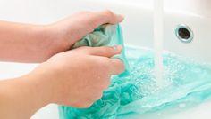 «Πώς να βγάλω τη βαφή μαλλιών από τις πετσέτες και τα ρούχα μου » ca8379859da