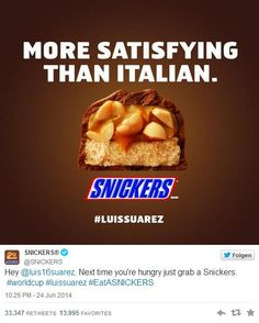 #WM2014: Uruguays Stürmerstar #LuisSuárez biss einem italienischen Verteidiger in die Schulter. Eine prädestinierte Aktion für cleveres Echtzeit-Marketing.