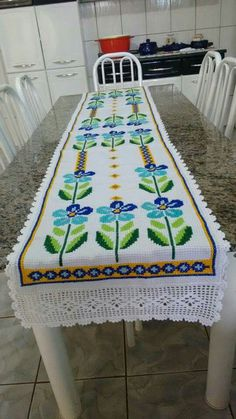 Labor, Le Point, Table Runners, Crochet Projects, Cross Stitch, Diy Crafts, How To Make, Inspiration, Flowers
