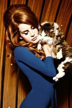 Lana del rey---love that hair.