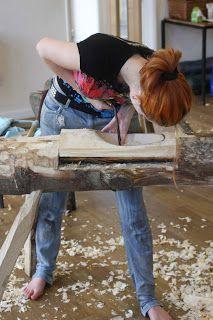 carving wooden bowls - Robin Wood