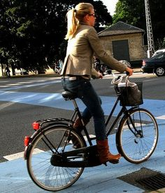 Cycle Chic Greenwich!