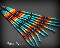 Beaded Earrings Native, Beaded Earrings Patterns, Native Beadwork, Bracelet Patterns, Beading Patterns, Beading Tutorials, Indian Earrings, Native American Earrings, Native American Beadwork