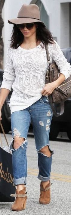 Jenna Dewan-Tatum's tan hat, brown handbag, ripped blue jeans, and ankle boots style id