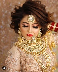 Latest Bridal Makeup Glimpse into the world of trendy and latest bridal makeup<br> Pakistani Bridal Makeup, Bridal Eye Makeup, Indian Bridal Outfits, Indian Wedding Hairstyles, Bridal Makeup Looks, Pakistani Bridal Dresses, Bride Makeup, Bridal Looks, Bridal Style