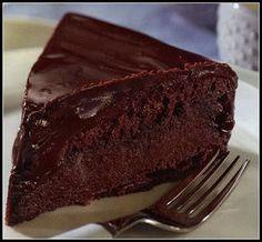 Γλυκές Τρέλες: ΣΟΚΟΛΑΤΙΝΑ ΑΠΕΡΙΓΡΑΠΤΗΣ ΓΕΥΣΕΩΣ!! Greek Sweets, Greek Desserts, Summer Desserts, Sweet Loaf Recipe, Sweet Recipes, Sweets Cake, Cupcake Cakes, Cookie Recipes, Dessert Recipes