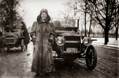 """Alice Huyler Ramsey, the first woman to drive across America, said, """"Good driving has nothing to do with sex. It's all above the collar."""" Extraordinary Women Of History You Need To Know Now Us History, History Museum, Women In History, American History, Black History, Alice, Camilla, Drive Across America, Costa"""